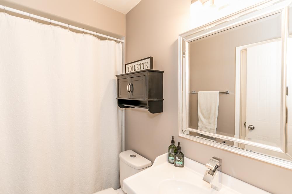 http://listingtour.s3-website-us-east-1.amazonaws.com/165-kozlov-street-unit-36/165Kozlov-123.jpg
