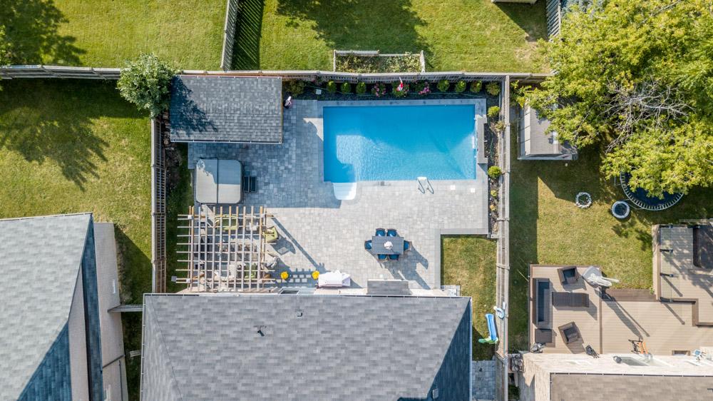 http://listingtour.s3-website-us-east-1.amazonaws.com/37-mackenzie-court/Aerial-104.jpg