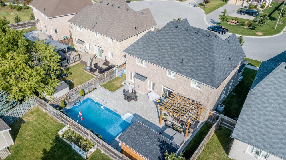 http://listingtour.s3-website-us-east-1.amazonaws.com/37-mackenzie-court/Aerial-106.jpg