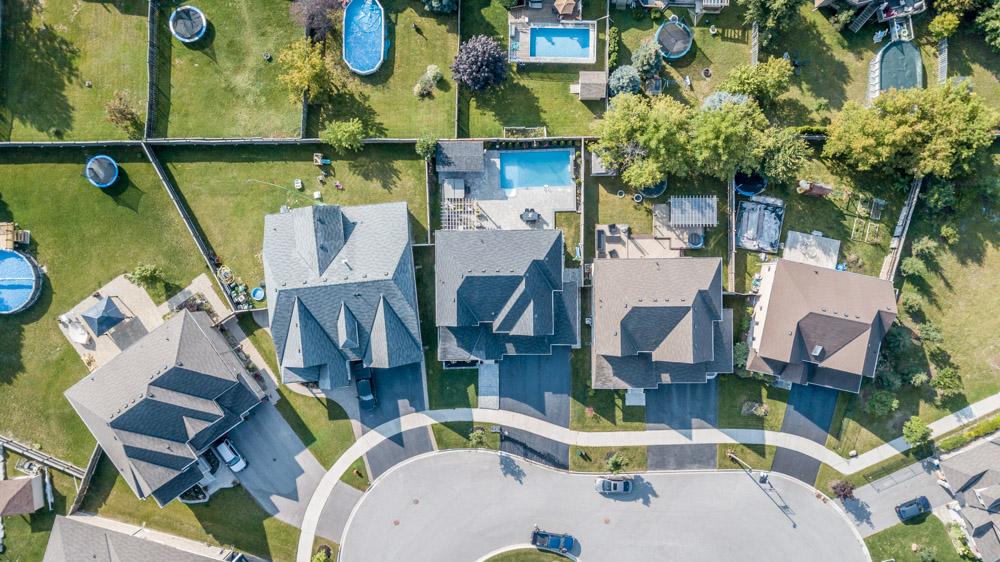 http://listingtour.s3-website-us-east-1.amazonaws.com/37-mackenzie-court/Aerial-107.jpg