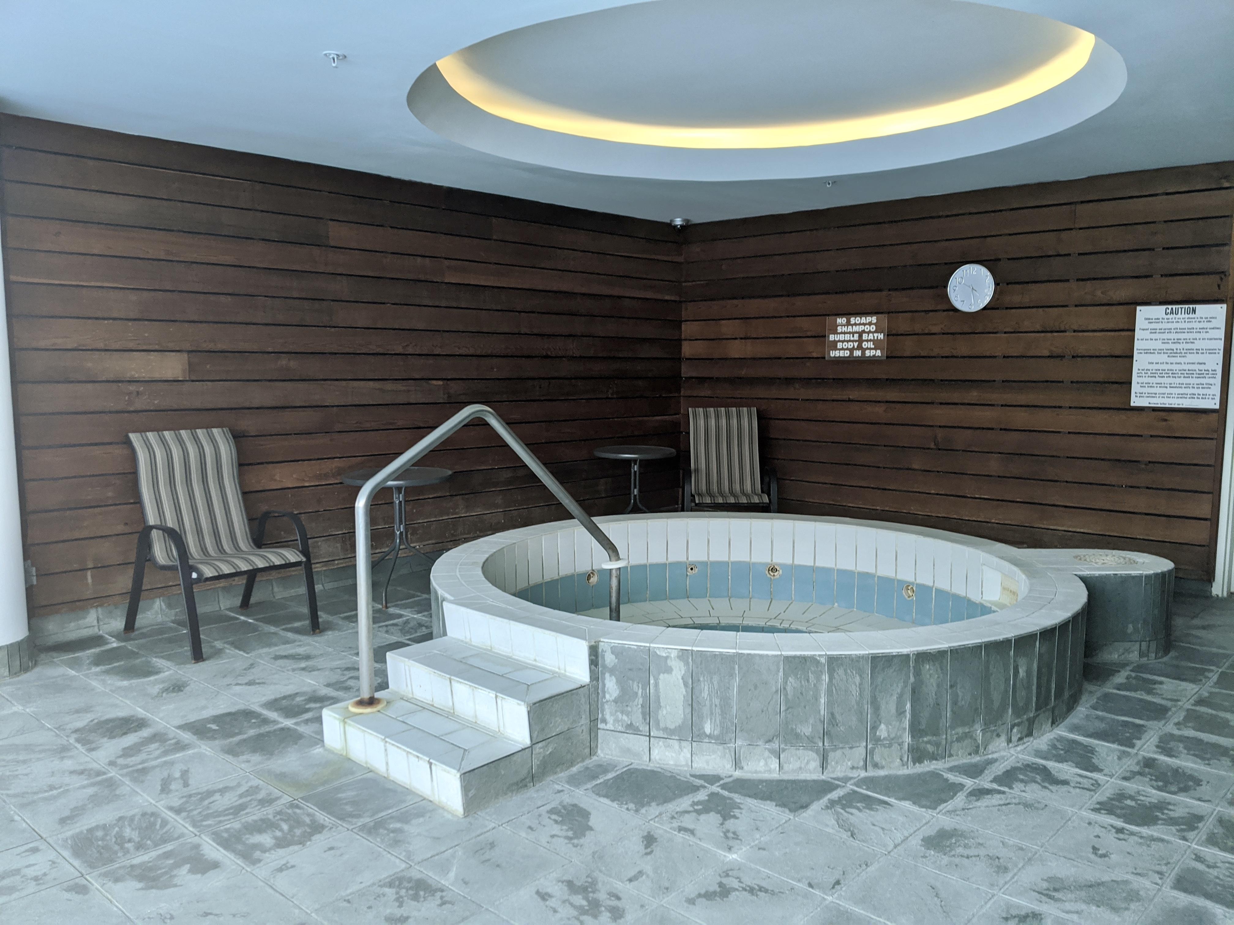 http://listingtour.s3-website-us-east-1.amazonaws.com/509---150-dunlop-street-e/IMG_20200915_162552.jpg