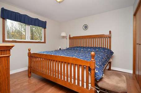http://listingtour.s3-website-us-east-1.amazonaws.com/7528-county-road-14/7528 - Bedroom.jpg