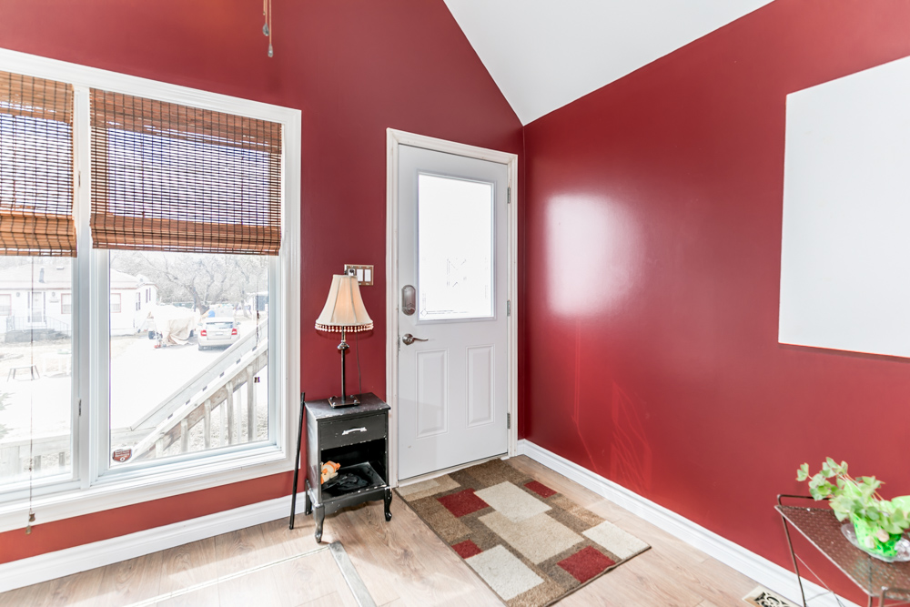 http://listingtour.s3-website-us-east-1.amazonaws.com/936-vicrol-drive/936 Vicrol Drive RED FIX-101.jpg
